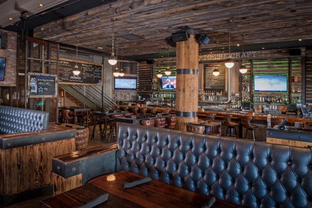 main-bar-dining-space